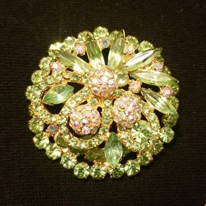 Vintage green and rindstone brooch